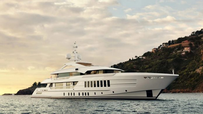 Superiate Heesen Projeto Gemini - boat shopping