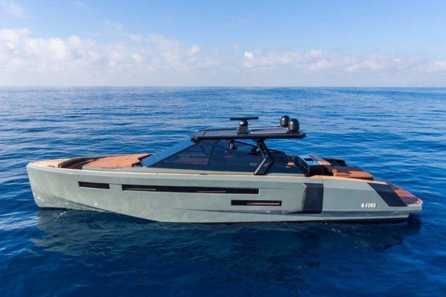 EvoR6_custom unit_running (4) - boat shopping