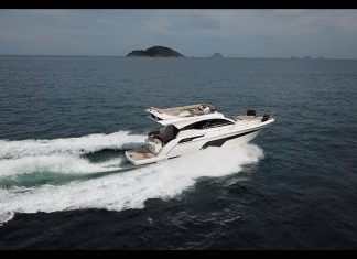 triton 470 fly - boat shopping