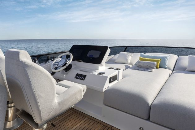 Azimut 53 Fly - boat shopping