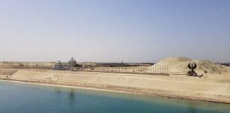 Canal de Suez desimpedido - boat shopping
