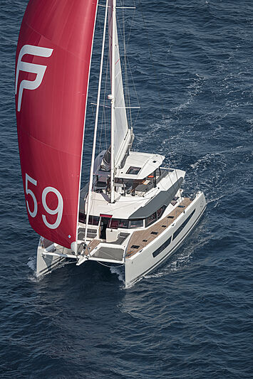 Fountaine Pajot iates a hidrogenio - boat shopping