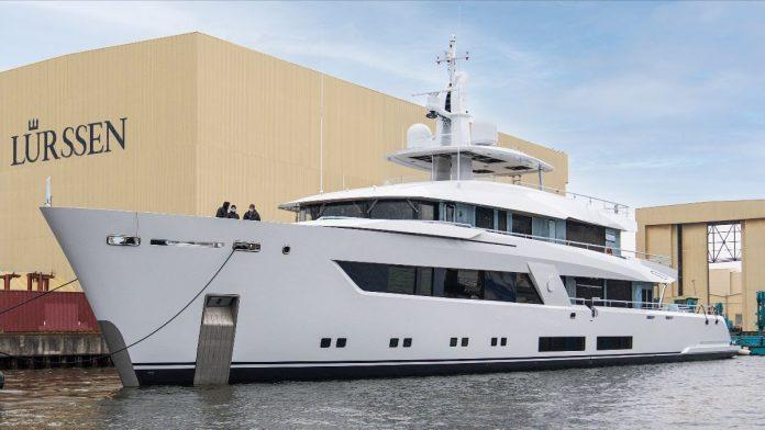 Lurssen superiate Projeto 13800 - boat shopping