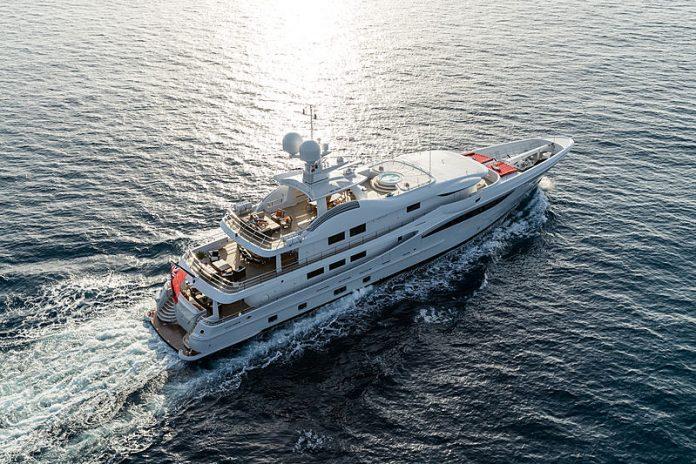 Superiate Grace Jeff Brown Breed Media - boat shopping