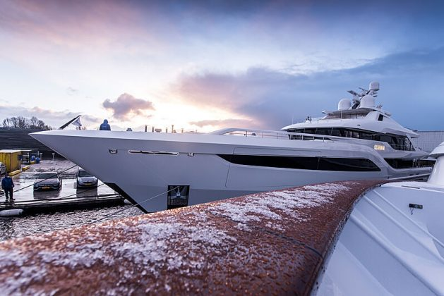 Superiate Somnium Feadship - boat shopping