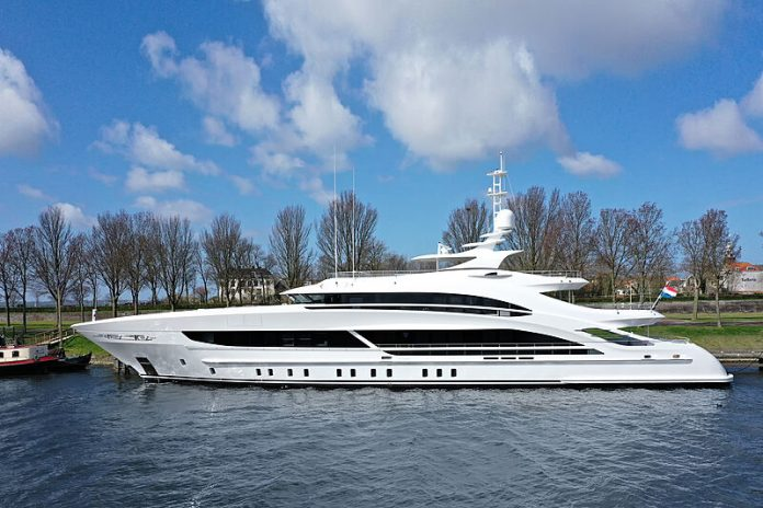 heesen superiate arkadia - boat shopping