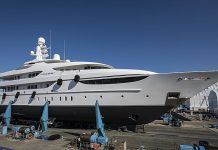 superiate oasis refit lusben - boat shopping