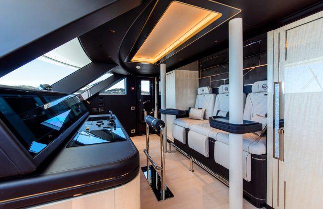 Dynamiq GTT 135 - boat shopping