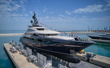 Superiate ISA Yachts Resilience - boat shopping
