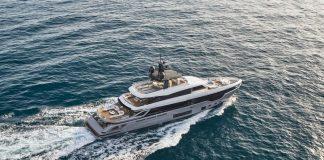 Azimut-Grande-Trideck-boat-shopping-1