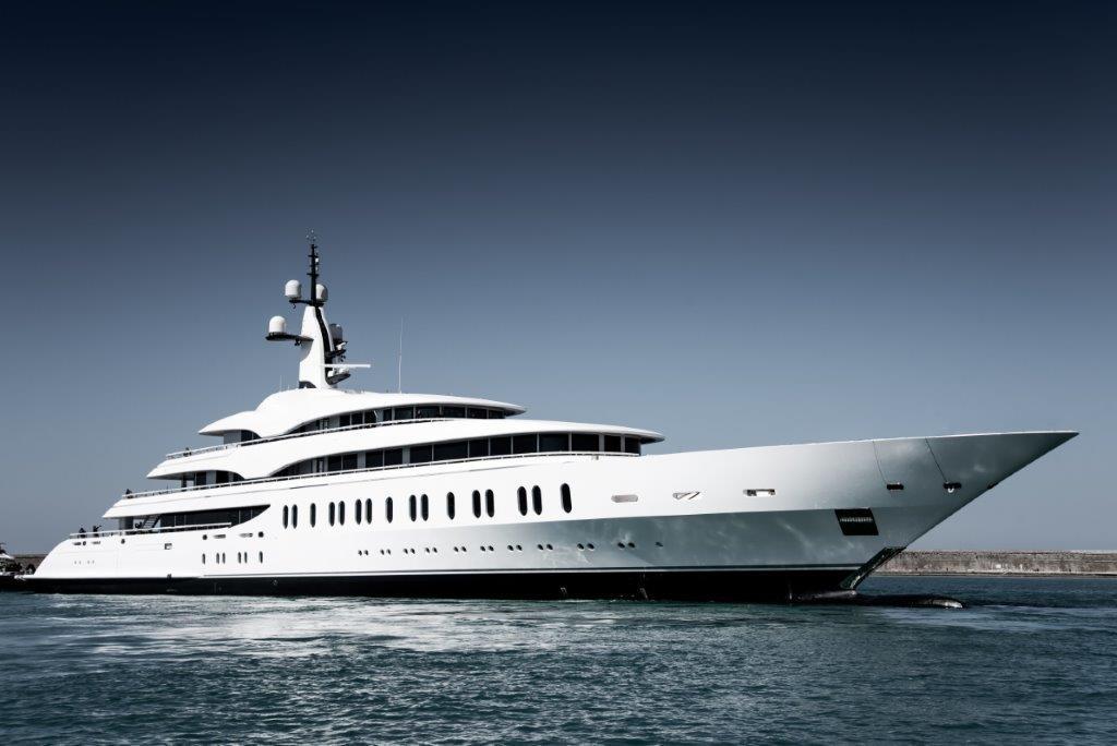 Benetti-Giga-yacht-IJE-boat-shopping-2