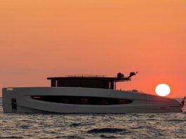 Evo-V8-Running-boat-shopping-1