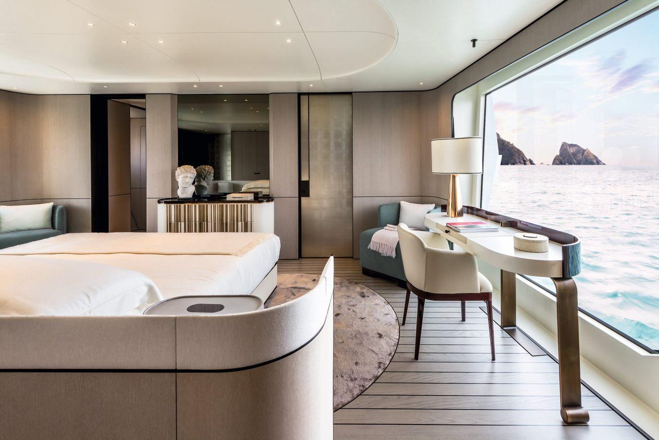 G35METRI-Master-Suite-boat-shopping-2
