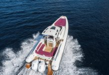 Lomac-GT-11-boat-shopping-3