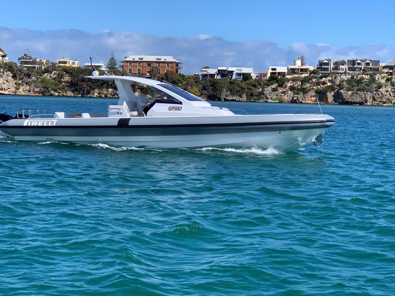 TecnoRib-Pirelli-42-boat-shopping-1