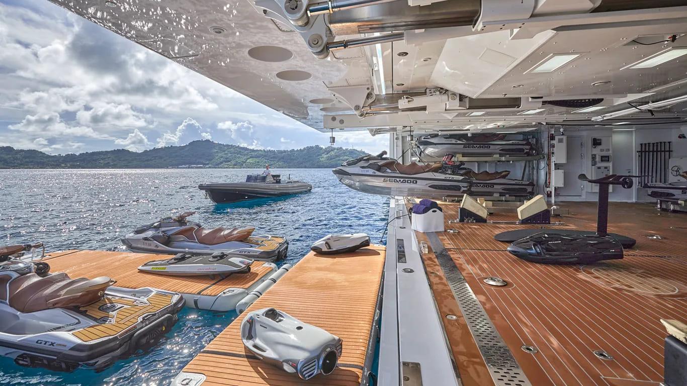 benetti-iate-IJE-boat-shopping-2