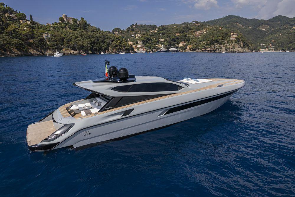 otam-70HT-boat-shopping-5