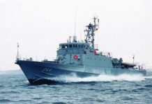 Marinha do Brasil boat shopping 1 (1)
