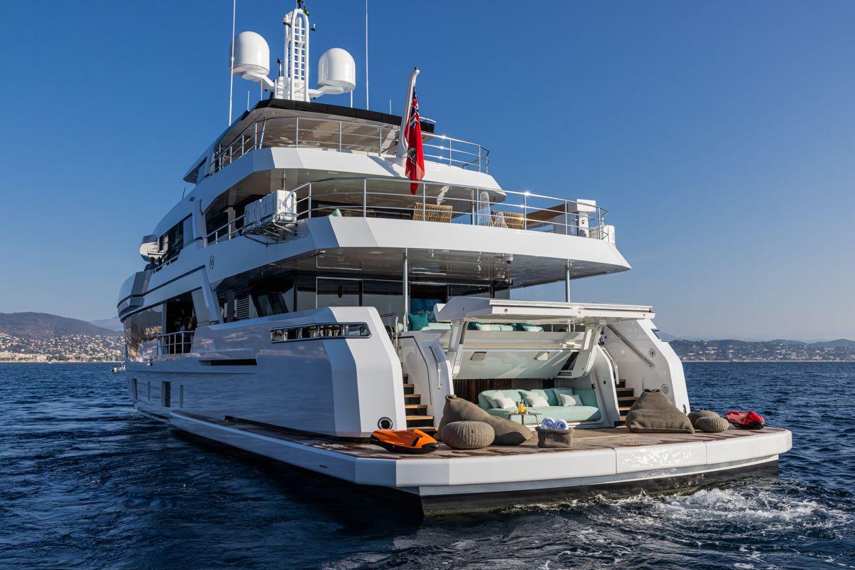 RSY 38m EXP Emocean boat shopping 6