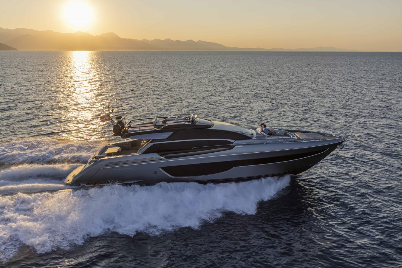 Riva 76 Perseo Super boat shopping 2