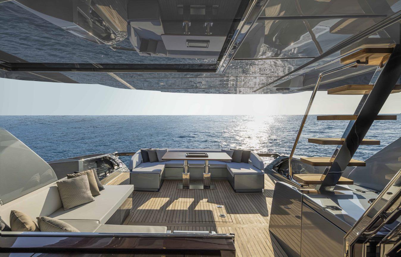 Riva 76 Perseo Super boat shopping 4