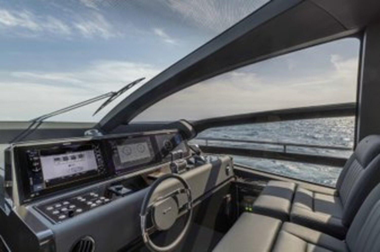 Riva 76 Perseo Super boat shopping 8 (1)