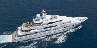 Superiate Titania boat shopping 1